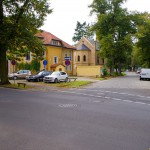Parkplatz hinter dem Haus